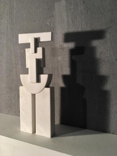 KES Untitled 51x9x7,5cm marble 1997 (2)